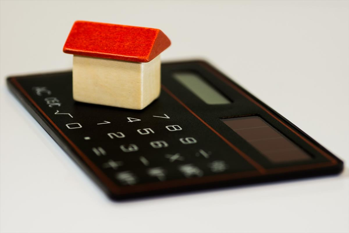 Entrepreneur creates calculator to help homebuyers considering the First Time Home Buyer Incentive