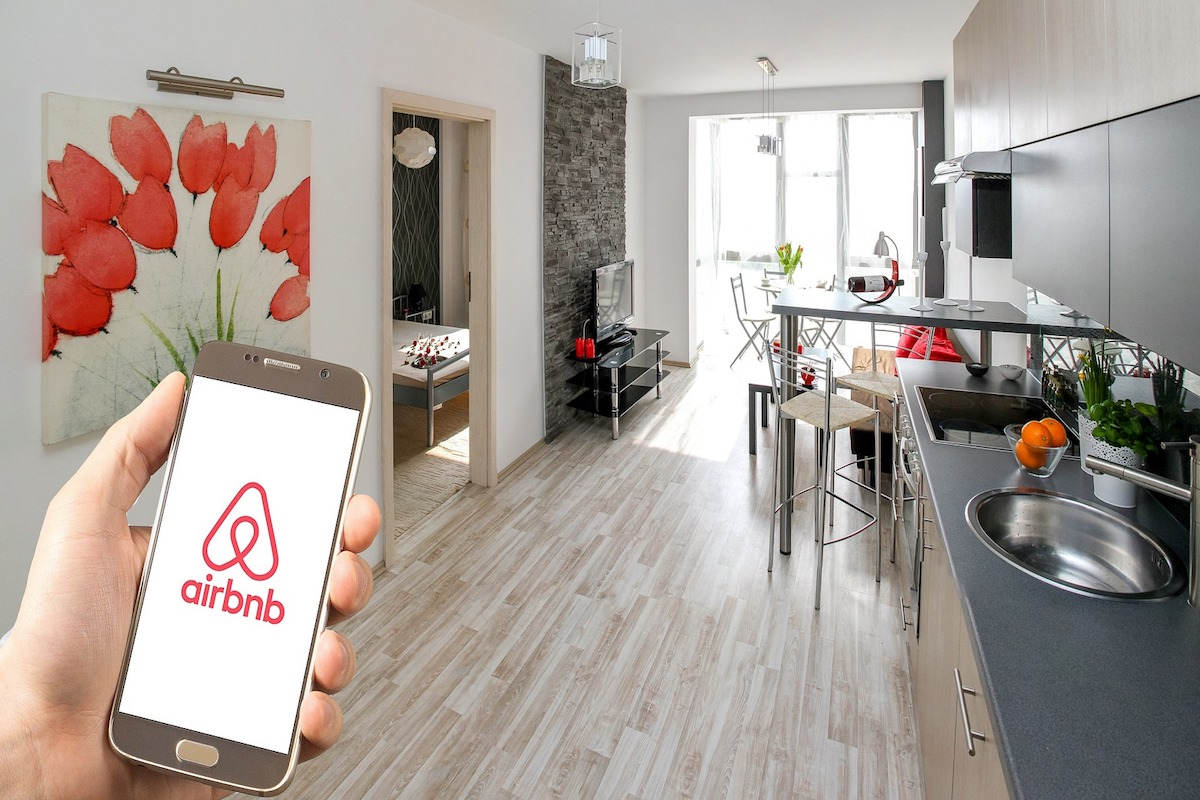 How the Airbnb ban led to lower rental prices in Canada s major cities