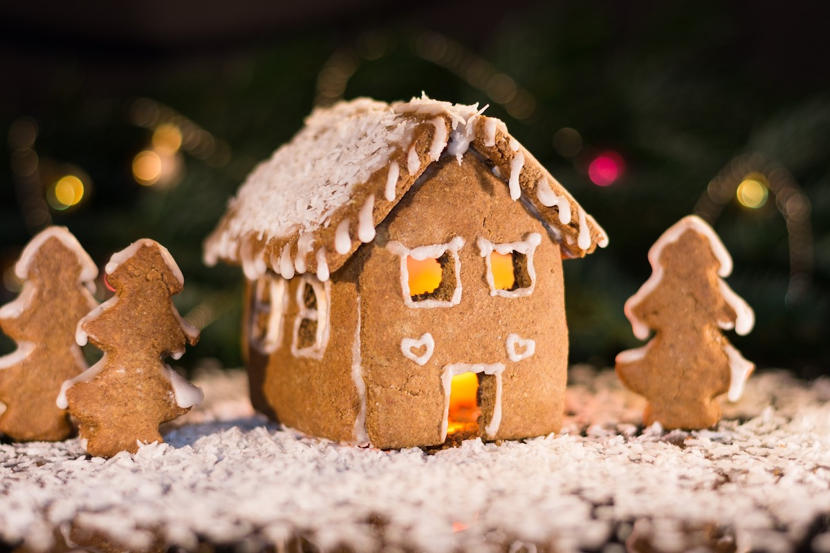 What a joke about a rundown gingerbread house says about Toronto real estate market