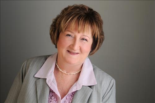 Elaine MacLean